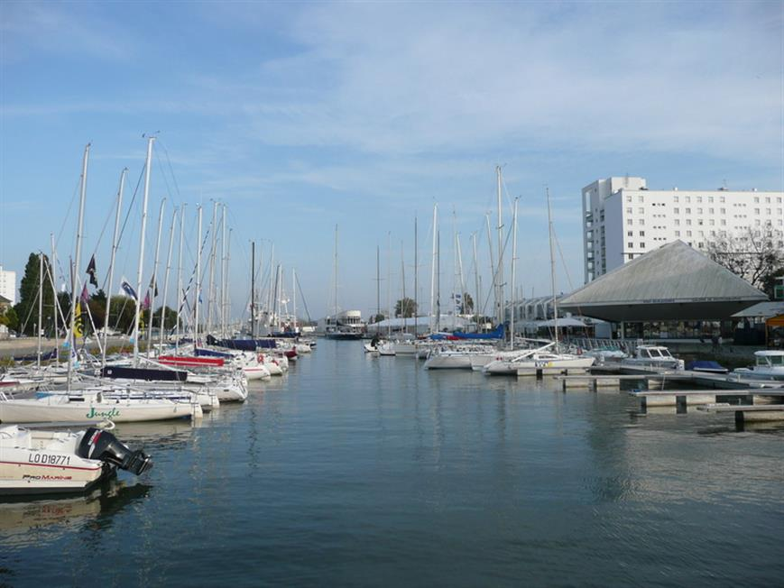 Port de plaisance de lorient pr s de l 39 hotel tourisme for Le jardin de plaisance 87